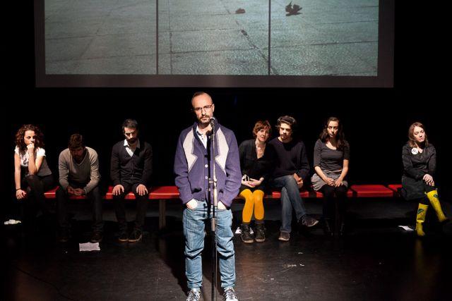 Το θέατρο της ανεργίας | tanea.gr