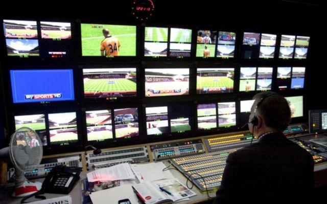 Το ποδόσφαιρο αψηφά την κρίση | tanea.gr