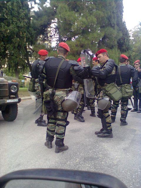 Εφ' όπλου λόγχη στο Πεντάγωνο | tanea.gr