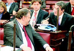 Συμβιβασμός για το ασυμβίβαστο | tanea.gr