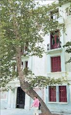 Ρέκβιεμ για δύο κτήρια | tanea.gr