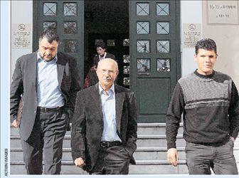 Εκτόνωση μέσω  του εισαγγελέα   tanea.gr
