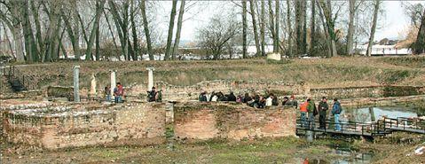 Υπαίθριο μουσείο Ιστορίας   tanea.gr