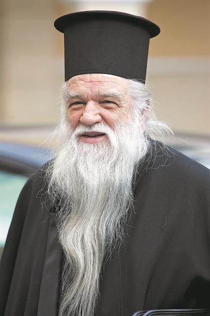 Εργα και ημέρες ενός ιεράρχη | tanea.gr