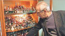 Συλλέκτης μπουκαλιών μεγέθους λιλιπούπολης | tanea.gr
