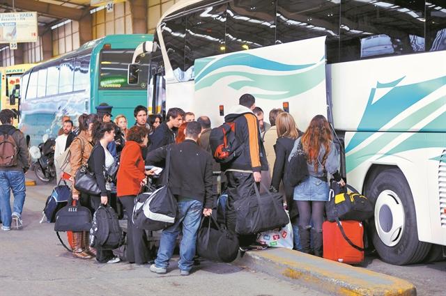 Τι αλλάζει για πρόστιμα ΚΟΚ, ΚΤΕΛ, φορτηγά, υδατοδρόμια | tanea.gr