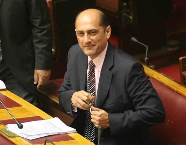 Αθώος ο Πέτρος Μαντούβαλος για το παραδικαστικό | tanea.gr
