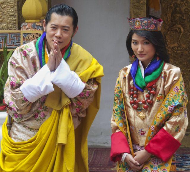Βασιλικοί γάμοι με λάμψη  και μεγαλοπρέπεια στο Μπουτάν | tanea.gr