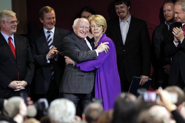 Ο 70χρονος ποιητής Μάικλ Χίγκινς  νέος Πρόεδρος της Ιρλανδίας | tanea.gr