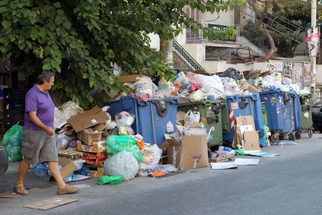 Εισαγγελία: Αυτόφωρο για τα μπλόκα στον ΧΥΤΑ Φυλής   tanea.gr