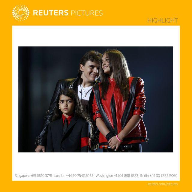 Καταχειροκροτήθηκαν τα τρία παιδιά του Μάικλ Τζάκσον   tanea.gr