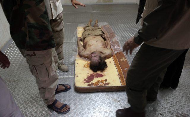Ποιος σκότωσε  τον Μουαμάρ Καντάφι; | tanea.gr