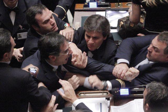 «Το πρόβλημα της Ευρώπης είναι ο Μπερλουσκόνι»   tanea.gr