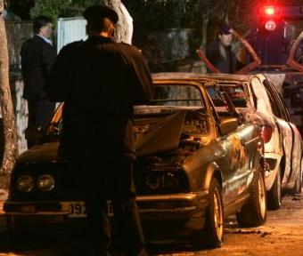 Σειρά εμπρηστικών επιθέσεων σε αυτοκίνητα στην Αθήνα | tanea.gr