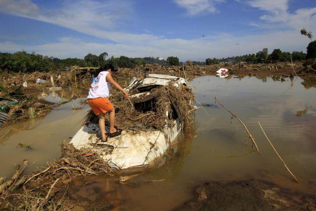 Φιλιππίνες: Συναγερμός για θανατηφόρες επιδημίες μετά τις πλημμύρες   tanea.gr