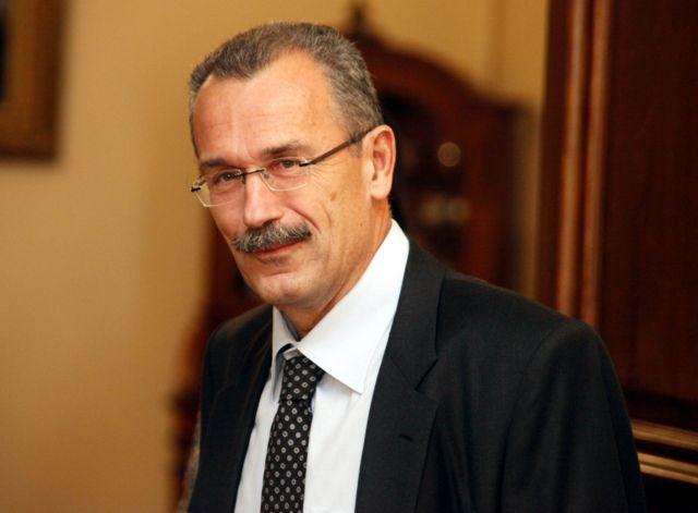 Απολύσεις στο Δημόσιο έχει ζητήσει η τρόικα, επιβεβαιώνει ο Π. Καψής   tanea.gr