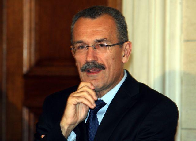 Η κυβέρνηση περιμένει τη συμφωνία των κοινωνικών εταίρων για τους μισθούς | tanea.gr