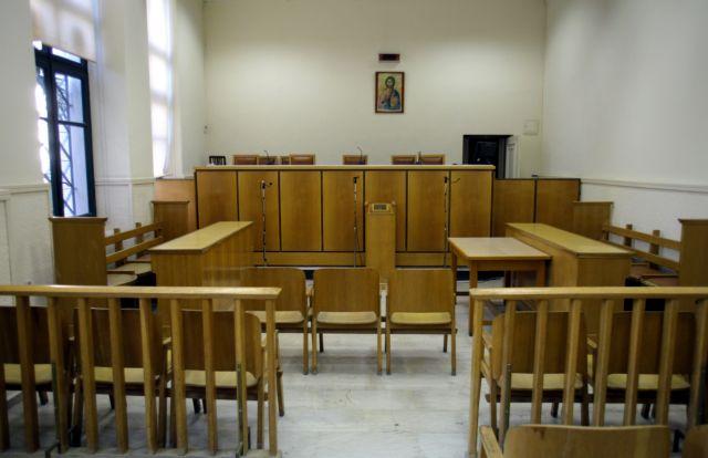 Σε τριήμερη αποχή οι δικηγόροι στην Αθήνα | tanea.gr
