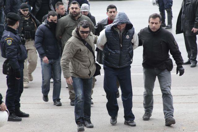 Θεσσαλονίκη: Στους 28 οι προφυλακισμένοι για τα κυκλώματα τοκογλυφίας | tanea.gr