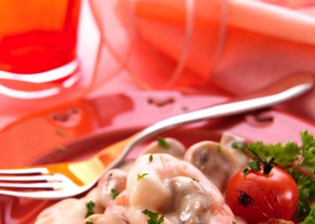 Τα κόκκινα πιάτα «κόβουν» την όρεξη | tanea.gr