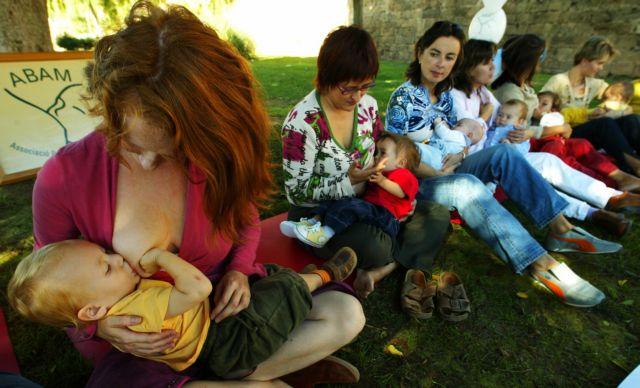 Κλαίνε περισσότερο τα μωρά που θηλάζουν | tanea.gr