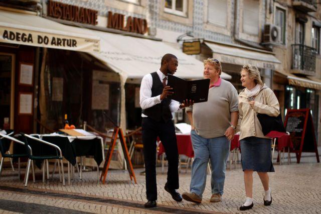 [Η ιστορία της ημέρας] Οι Γάλλοι θέλουν να αυξήσουν κι άλλο τον ΦΠΑ στην εστίαση | tanea.gr
