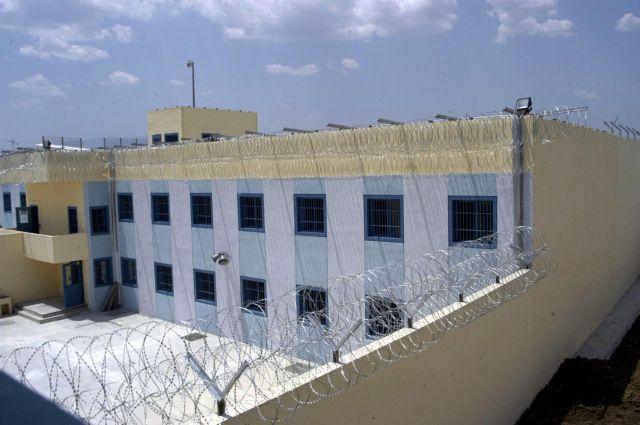 Διακινούσαν ναρκωτικά στις φυλακές μέσω facebook | tanea.gr