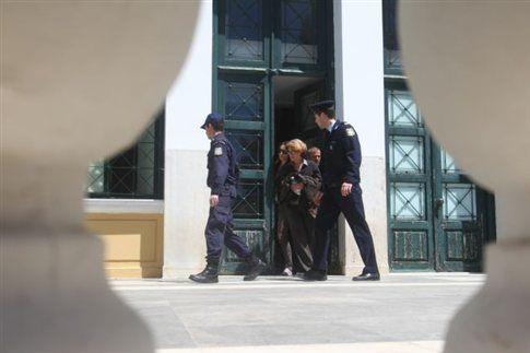 Αρετή Τσοχατζοπούλου: Επιστρέφω στο Δημόσιο το ακίνητο που απέκτησα   tanea.gr