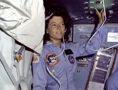 Πέθανε η Σάλι Ράιντ, η πρώτη αμερικανίδα αστροναύτης   tanea.gr