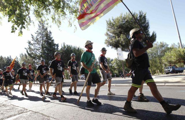 Έφτασε στη Μαδρίτη η «μαύρη πορεία» των ανθρακωρύχων   tanea.gr