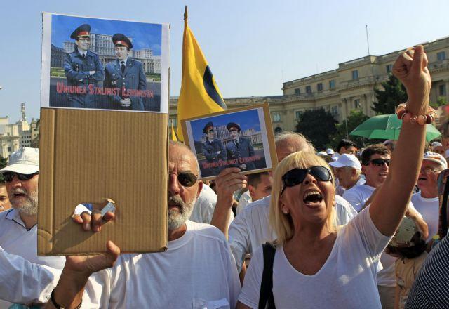 «Εμφύλιος» για τον Πρόεδρο | tanea.gr