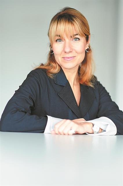 Η Κατερίνα Γρέγου διευθύντρια στη νέα εποχή του ΕΜΣΤ   tanea.gr