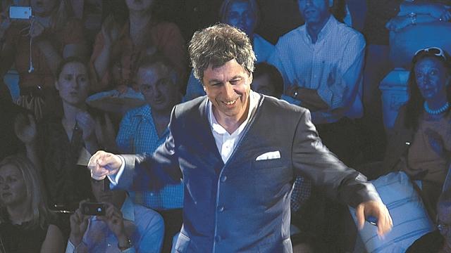 Ο Λουκάς Καρυτινός διευθυντής της Κρατικής Ορχήστρας Αθηνών | tanea.gr