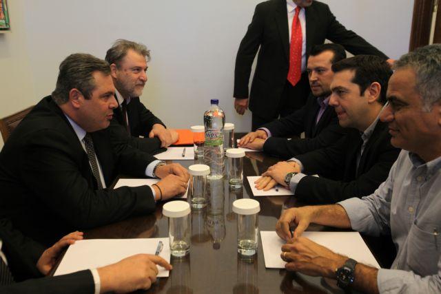 «Υπεγράφη» στη Βουλή η συμμαχία Τσίπρα και Καμμένου | tanea.gr