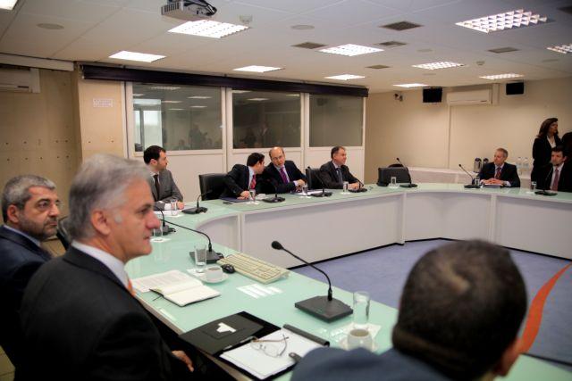 Νόμο για μισθούς 300 ευρώ ώστε να προσλαμβάνουν νέους άνεργους ζήτησαν οι πολυεθνικές   tanea.gr
