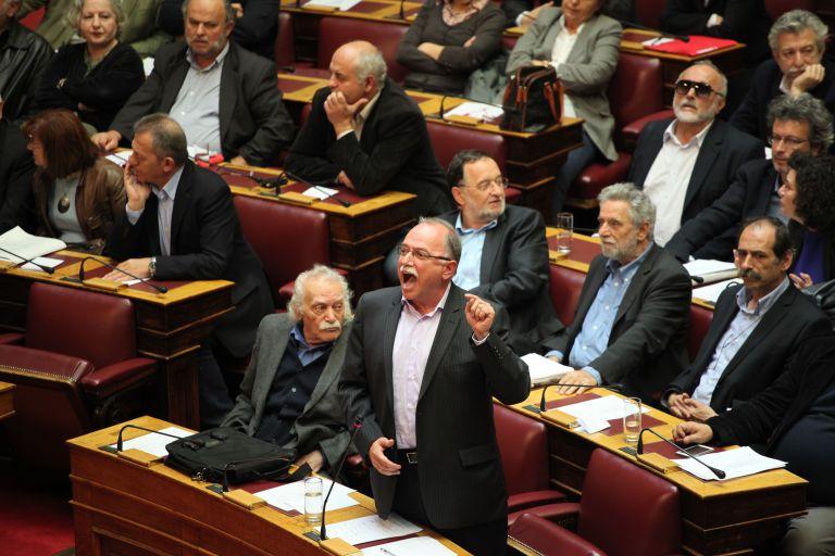 Εν μέσω οξύτατων αντεγκλήσεων ψηφίστηκε από τη Βουλή ο επενδυτικός νόμος   tanea.gr