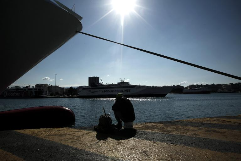 Υδατοδρόμιο μέσα στο λιμάνι του Πειραιά προτείνει ο ΟΛΠ | tanea.gr