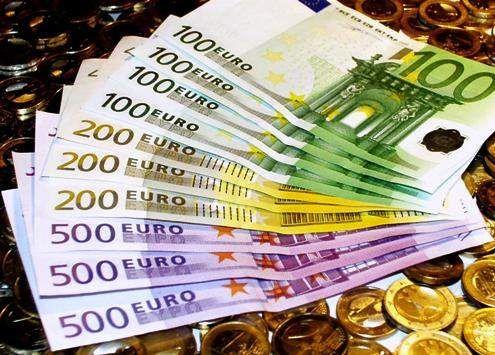 €9 τρισ. ευρώ το ενεργητικό των Α/Κ   tanea.gr