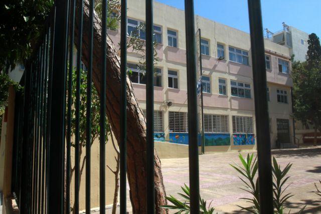 Στην Αττική θα πλεονάζουν 1.673 δάσκαλοι και 126 νηπιαγωγοί, καταγγέλουν οι συνδικαλιστές   tanea.gr