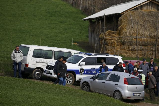 Εξηντάχρονος σκότωσε 13 άτομα σε χωριό της Σερβίας | tanea.gr