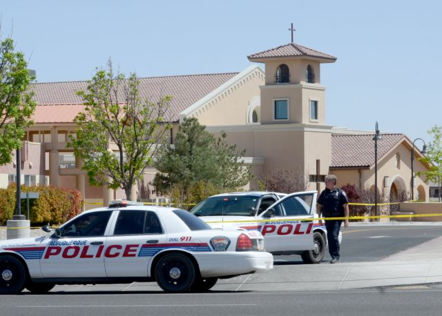 Τέσσερις τραυματίες από επίθεση με μαχαίρι σε εκκλησία στις ΗΠΑ | tanea.gr