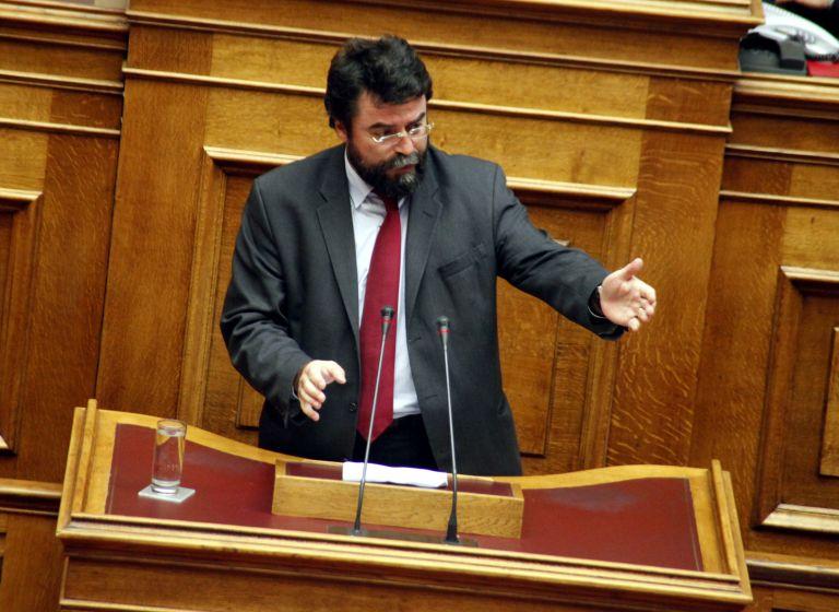 Οικονόμου: «Η κυβέρνηση είναι τριών κομμάτων και όχι ενός»   tanea.gr