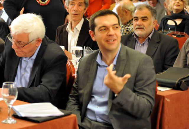 ΣΥΡΙΖΑ: Ολαταχώς προς το συνέδριο με την «Πλατφόρμα» να επιμένει... αριστερά | tanea.gr