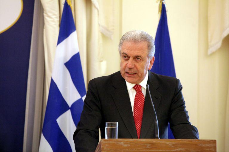 Ο Δημήτρης Αβραμόπουλος θα εκπροσωπήσει την Ελλάδα στην κηδεία της Θάτσερ | tanea.gr