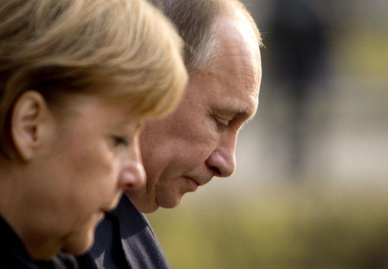 Ο Πούτιν στη Γερμανία: Η επιστροφή του κατασκόπου που... βαριόταν θανάσιμα | tanea.gr