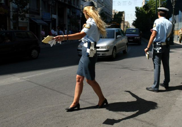 Περίπου 900.000 οχήματα παραμένουν ανασφάλιστα | tanea.gr