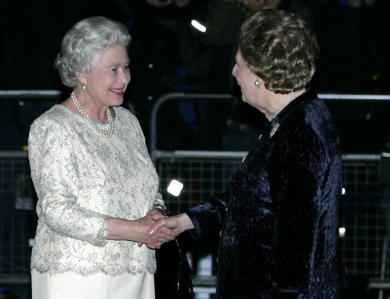 Ελισάβετ Β': Η βασίλισσα που έχει «αποχαιρετίσει» οκτώ Πρωθυπουργούς   tanea.gr