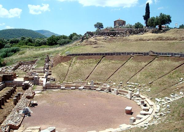 Υστερα από 1.700 χρόνια το αρχαίο θέατρο της Μεσσήνης ανοίγει και πάλι τις πύλες του | tanea.gr