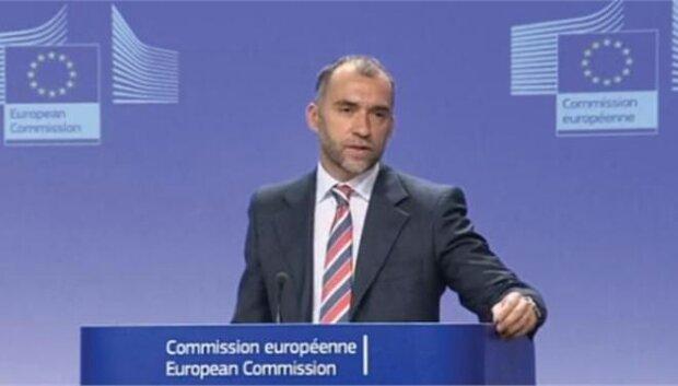 «Δεν ζητήσαμε το κλείσιμο της ΕΡΤ» επαναλαμβάνει η Κομισιόν | tanea.gr