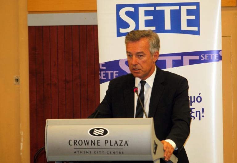 «Ουσιαστικό αναπτυξιακό μέτρο» η μείωση του ΦΠΑ στην εστίαση, λέει ο ΣΕΤΕ | tanea.gr